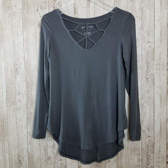 American Eagle Outfitters Tops - American Eagle Soft & Sexy Cutout High Low Shirt